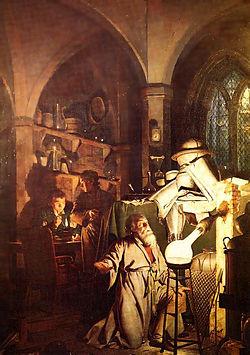 """L'alchimista scopre il fosforo è un dipinto di Joseph Wright of Derby originariamente terminato nel 1771 e poi rimaneggiato nel 1795. Il titolo completo del dipinto è L'alchimista, alla ricerca della pietra filosofale, scopre il fosforo e prega per la buona conclusione della sua operazione, come era usanza degli antichi astrologi alchemici. Si è suggerito che questo quadro si riferisca alla scoperta del fosforo da parte dell'alchimista di Amburgo Hennig Brandt nel 1669. L'uomo, che cercava la pietra filosofale distillando urina di cavallo, una notte vide dall'ampolla in ebollizione uscire un notevole chiarore che illuminò tutta la cantina dove conduceva le proprie ricerche. Per questo motivo volle dare come nome al composto appena scoperto """"fosforo"""", in greco """"portatore di luce"""". Fonte: Wikipedia"""